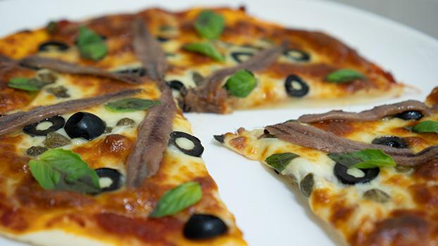 pizza de anchoas del cantábrico