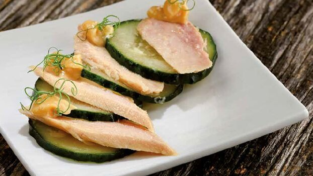 Nardín Cantabrian White Tuna with a cucumber salad
