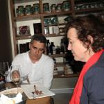 Degustando bonito del norte y anchoas del cantábrico de conservas Nardín en Amona Maria delicatessen