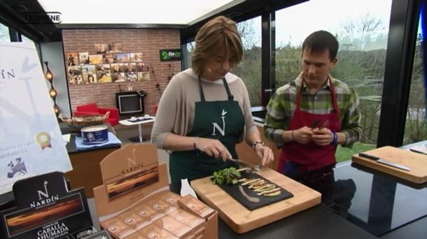 Mila oliveri de conservas nardín en el programa Txoriene de la ETB