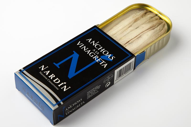 Anchoas y, boquerones a la vinagreta conservas nardín